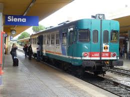 Train at the Siena station